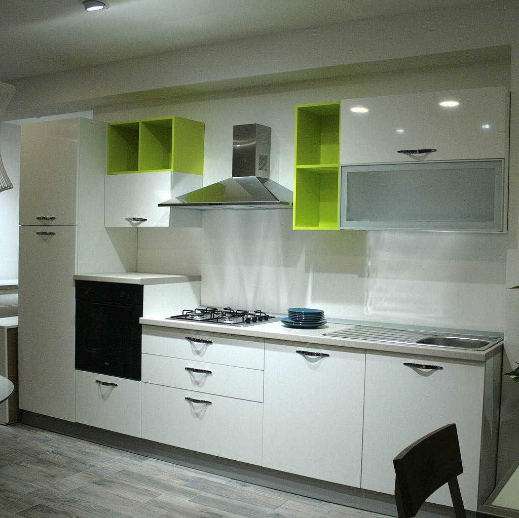 Arredamento Casa Moderna Bianca.Cucina Moderna Outlet Arredamento Vesto Arredo La Casa