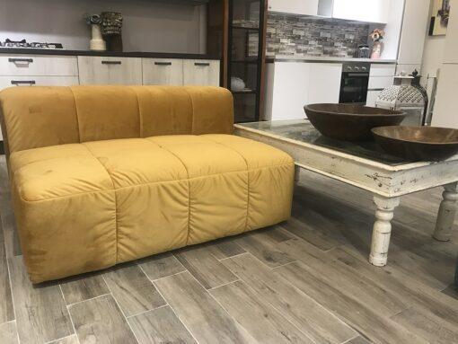 sofa chiffon giallo